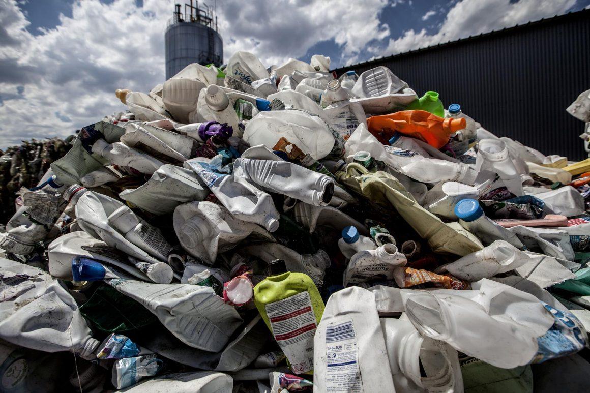 Em Cascais e Estoril, quer-se uma freguesia sem plástico