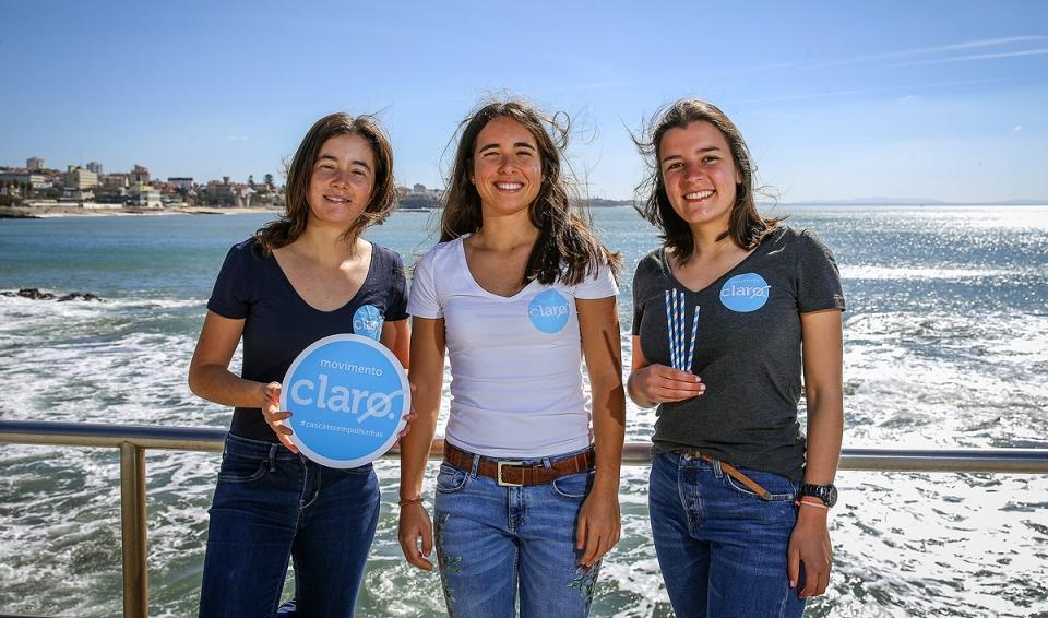 Estas miúdas querem salvar Cascais das palhinhas
